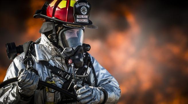 firefighter-752540_960_720