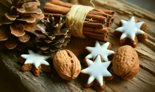 cinnamon-stars-2991174_1920 (1)